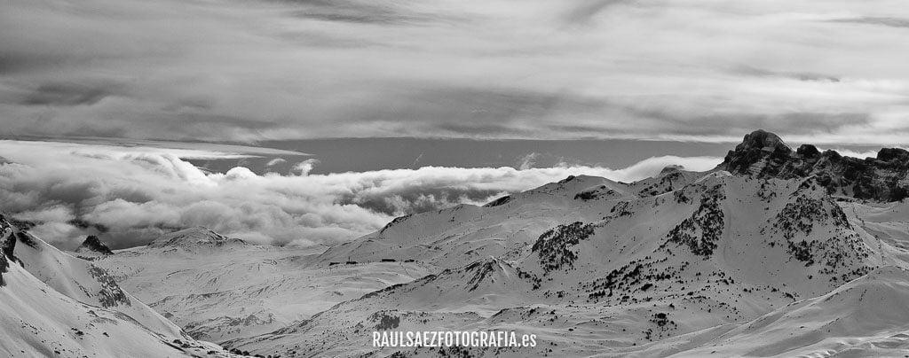 Nubes entre montañas 14
