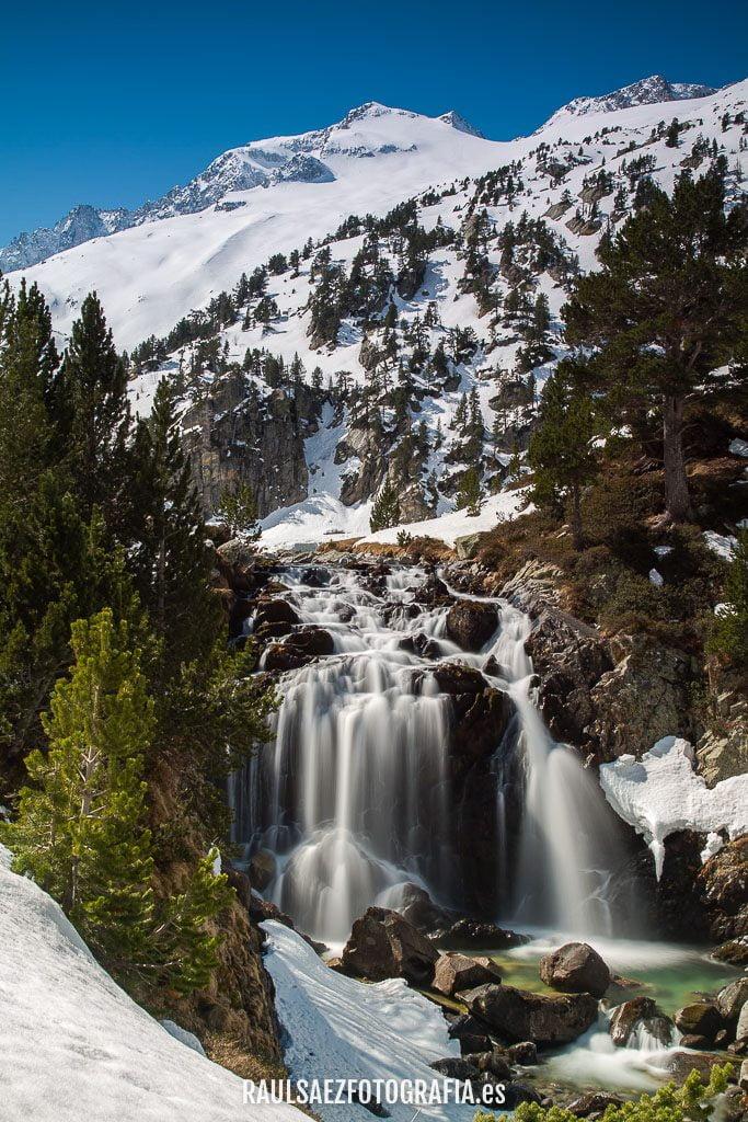 Cascada de Aigüalluts bajo el Aneto 3